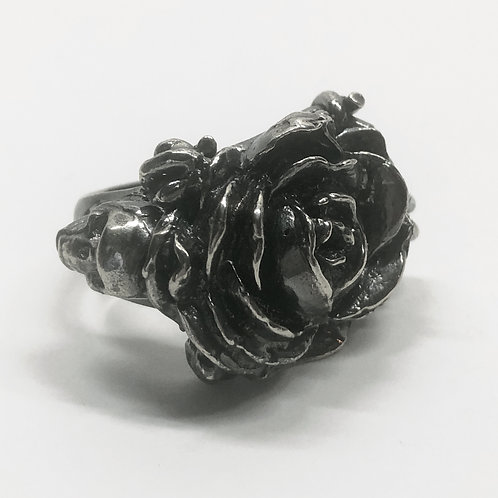 Macabre Rose Ring