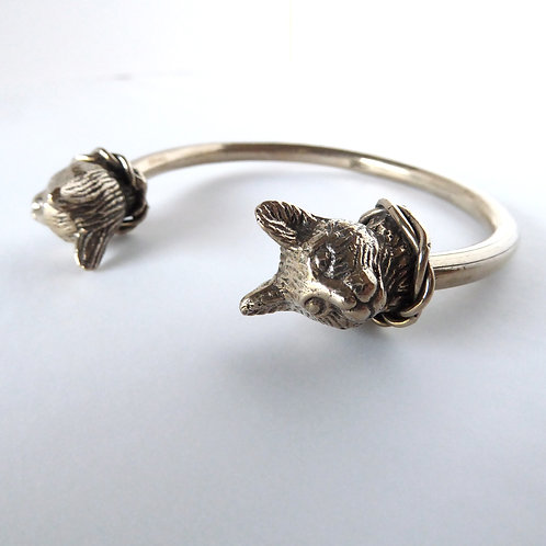 Regal Twin Cat Bracelet in Bronze