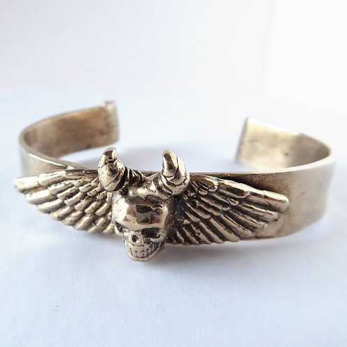 Winged Skull Cuff Bracelet in Bronze