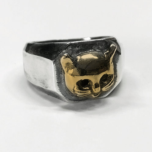 Kitty Cathead Squared Signet Ring in Mixed Metal