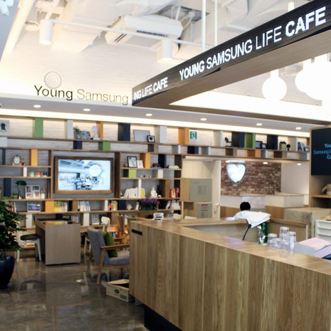 YOUNG SAMSUNG LIFE CAFE