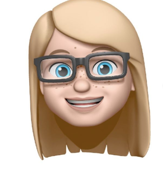 MeMoji of Bumble and Bloom Media founder Chloe Hall