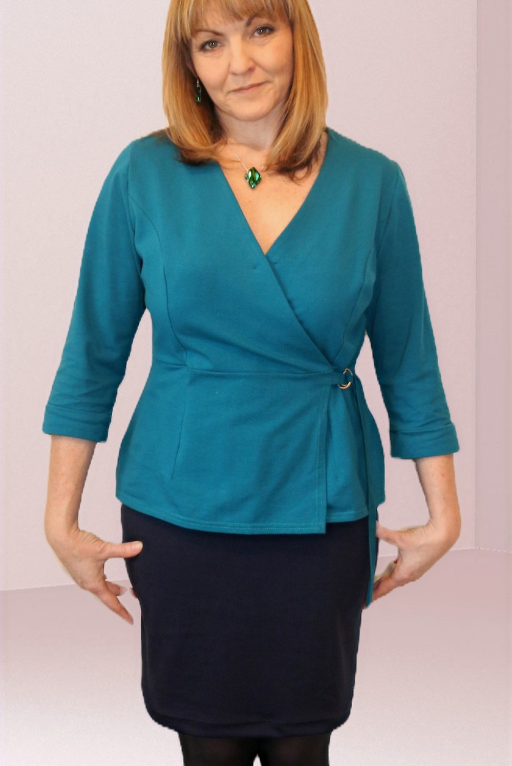 Simplicity 8735 pattern hack in cotton Jersey with D-links