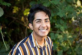 Evon Mahesh headshot.jpg