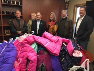 Honorary Deputy Association to Donate Children's Winter Coats