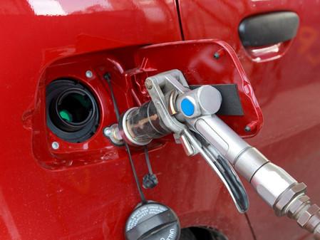 Владельцев автомобилей на газе предложили освободить от налогов