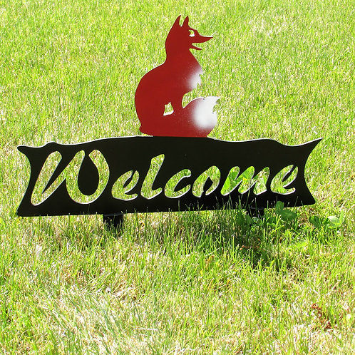 Welcome Sign - Sitting Fox