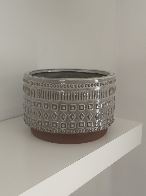Low aztec pot