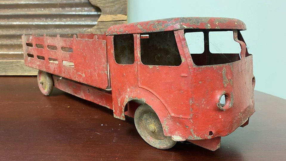 Early Roberts Metal Stake Bed Truck, Large Steel toy