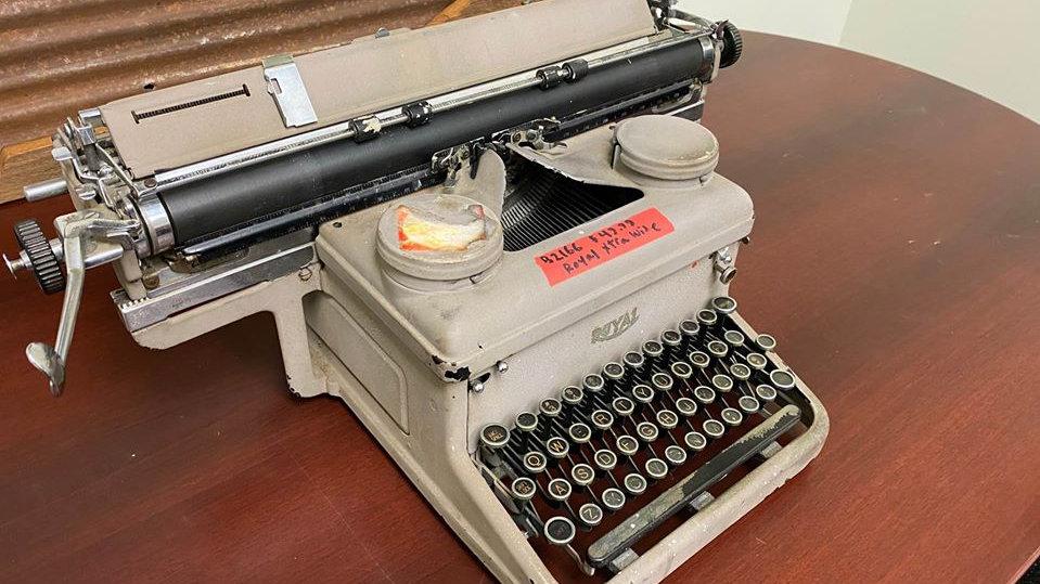 "Vintage Royal Typewriter Extra Wide 18"" Carriage!"