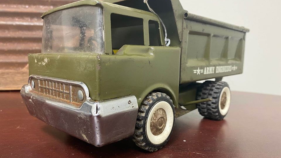 "Structo ""Army Engineers"" Dump Truck Excellent Vintage Metal Toy"