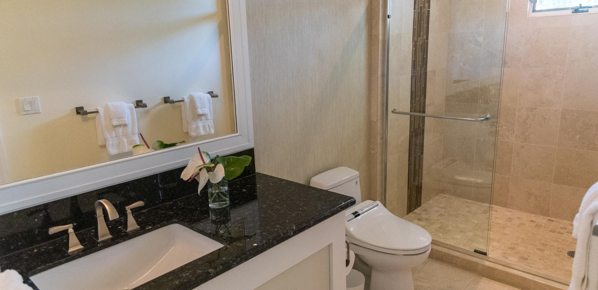 12.Bath 2.jpg