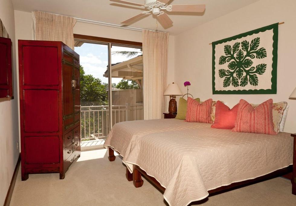 Bedroom suite (upper).jpg