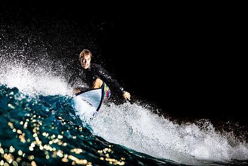 surfing-kangamarketing.jpg