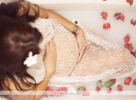 Milk Bath - sesión de embarazo muy original en Valencia
