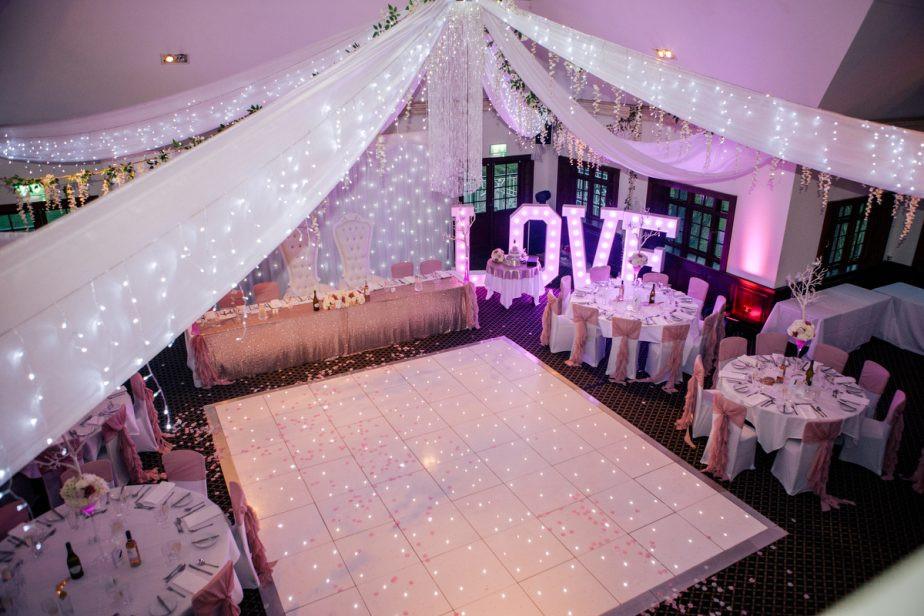 Woolston-Manor-wedding-photographer-688-