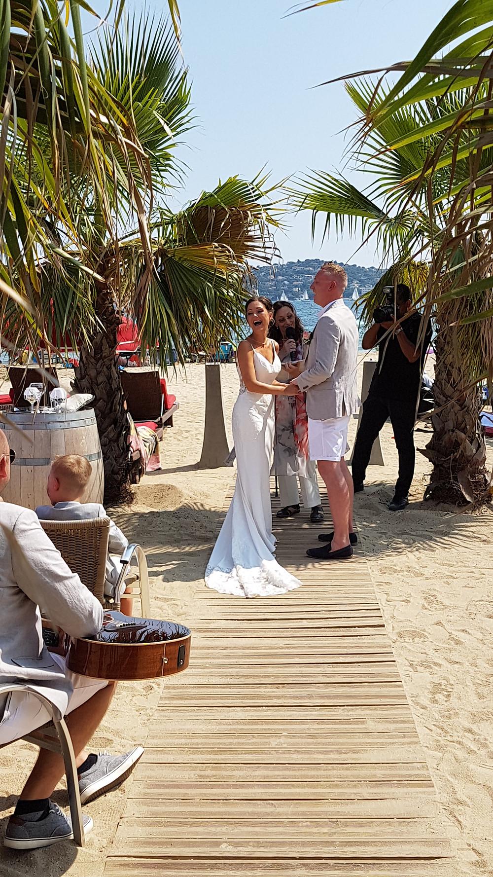 A family wedding at the Restaurant de la Plage, Grimaud, with Saint-Tropez as the back-drop!