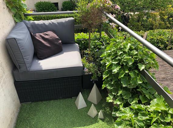 Petite terrasse intime du premier étage