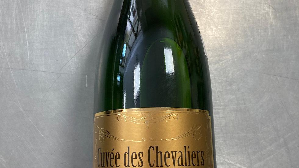Vin mousseux BRUT 0.75L Cuvée des Chevaliers