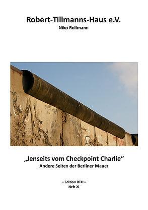 11_Checkpoint Charlie.jpg