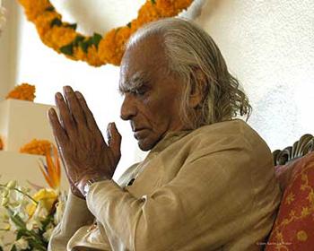 Shri BKS Iyengar