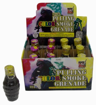 PULLING COLOR SMOKE GERNADE