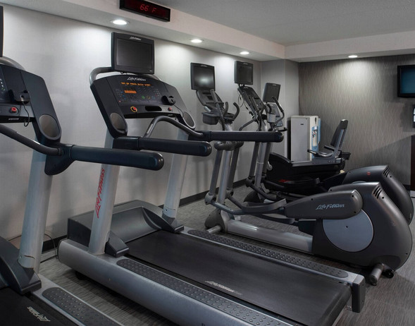 (14)-intcy-fitness-1195-hor-clsc.jpg