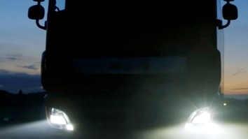 Heavy truck night LED headlight