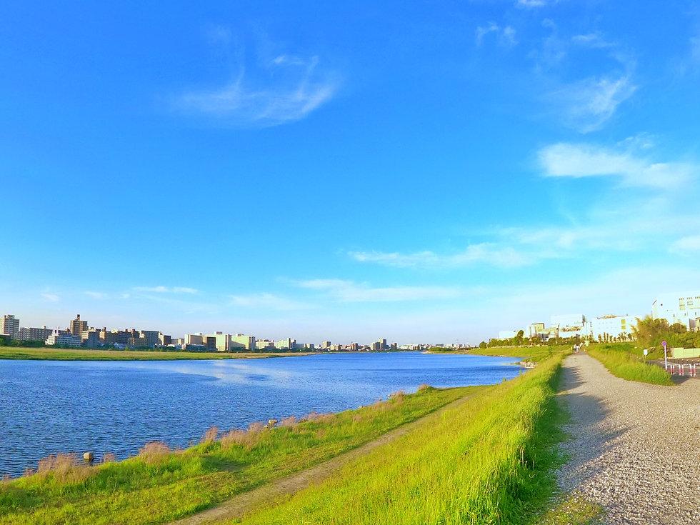 多摩川河川敷1.jpg