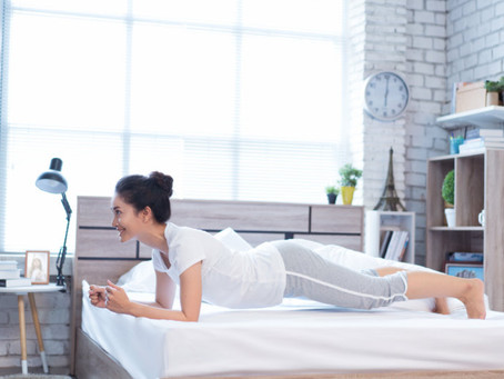 5 exercises that you can do on your bed
