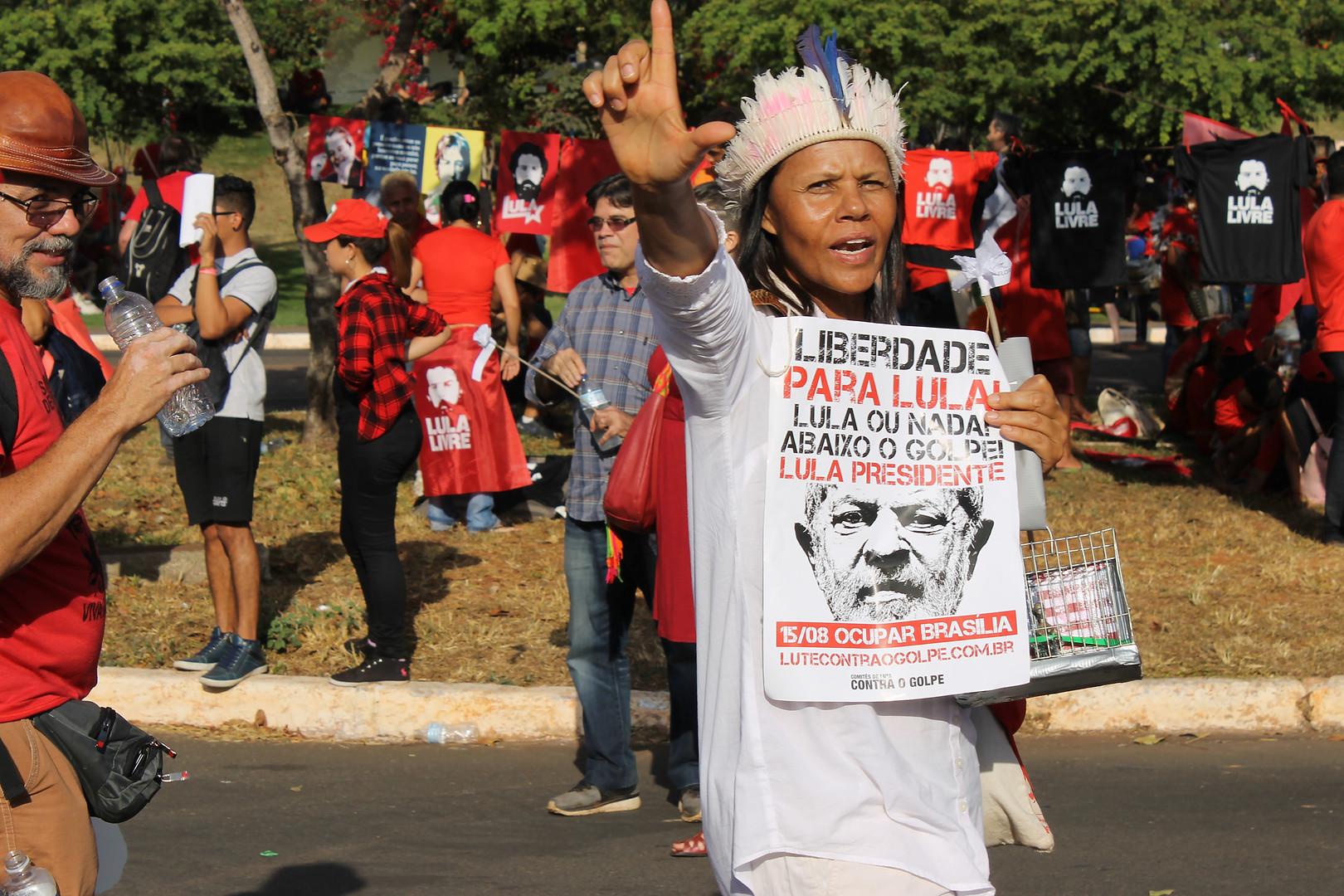 Liberdade ao Lula
