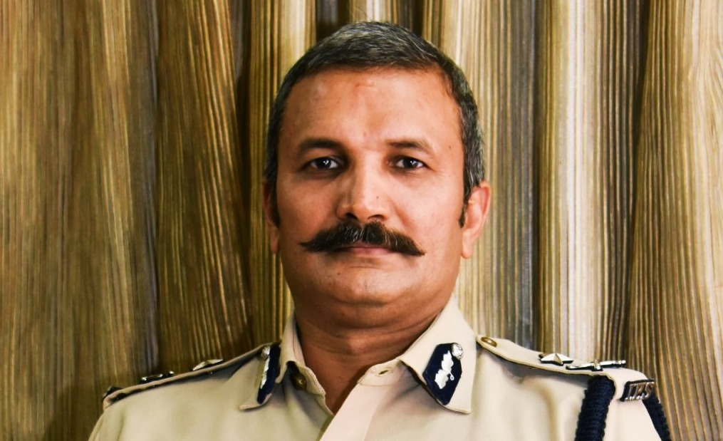 REPLACE YOUR MOBILE WITH NOKIA 5310 : IPS OFFICER ARUN BOTHRA