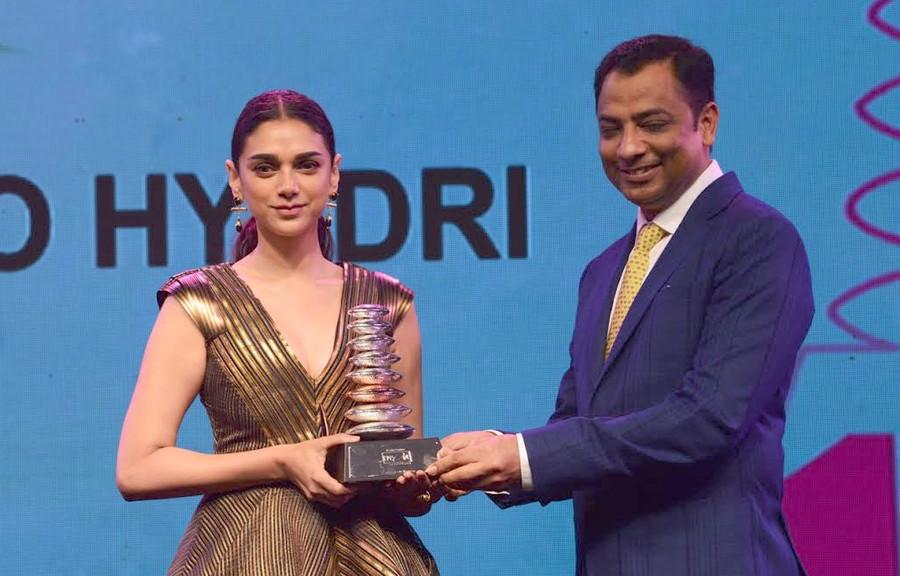 Aditi Rao Hydari awarded Style Icon of the Year at the Asia Spa Awards !