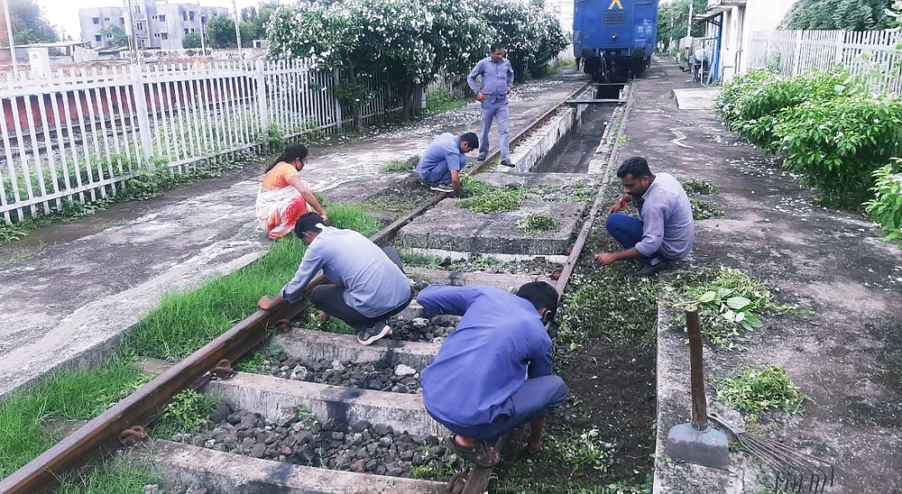 Central Railway Launched Intensive Cleanliness Drive