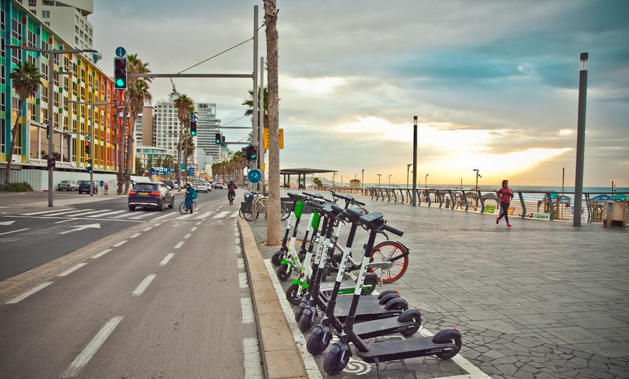 TEL AVIV BECOMES THE FIRST CITY IN THE WORLD TO REQUIRE ALL SHARED ELECTRIC SCOOTERS FOR HIRE TO BE