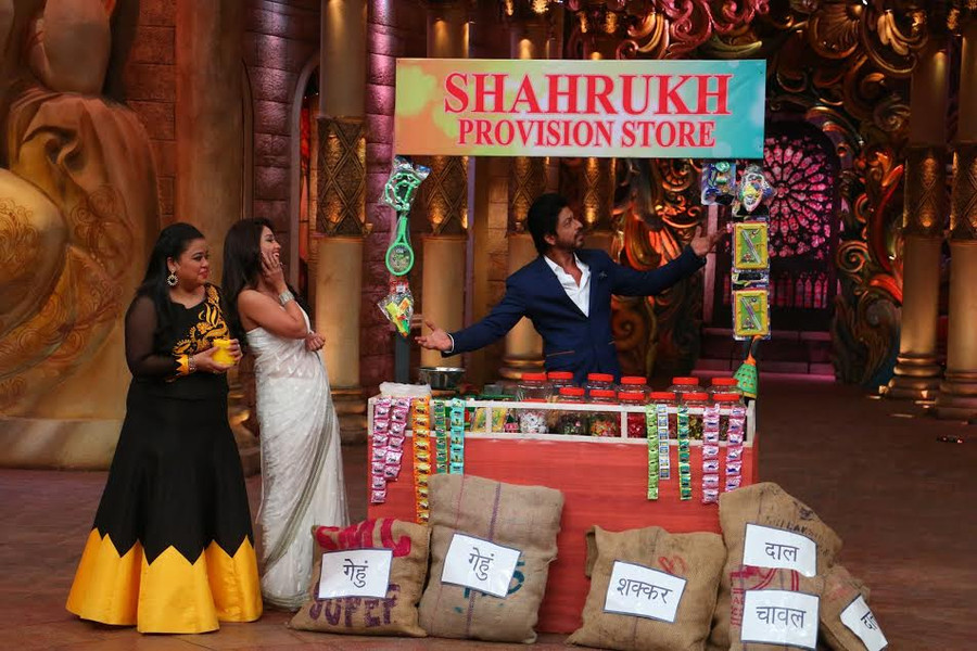 King Khan shared several laughter-induced 'Fan' moments on Comedy Nights Bachao.