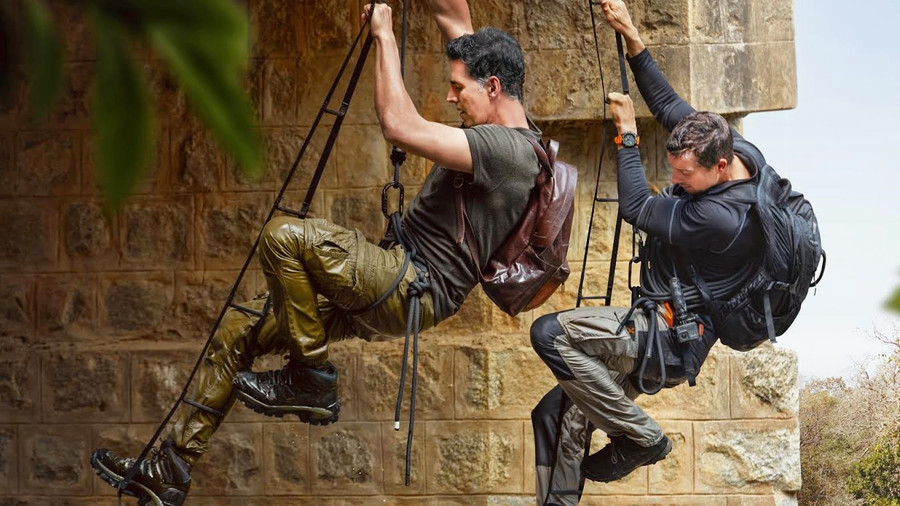 SUPERSTAR KHILADI AKSHAY KUMAR AND ADVENTURER BEAR GRYLLS SET OUT ON A CLASSIC MILITARY-STYLE MISSIO