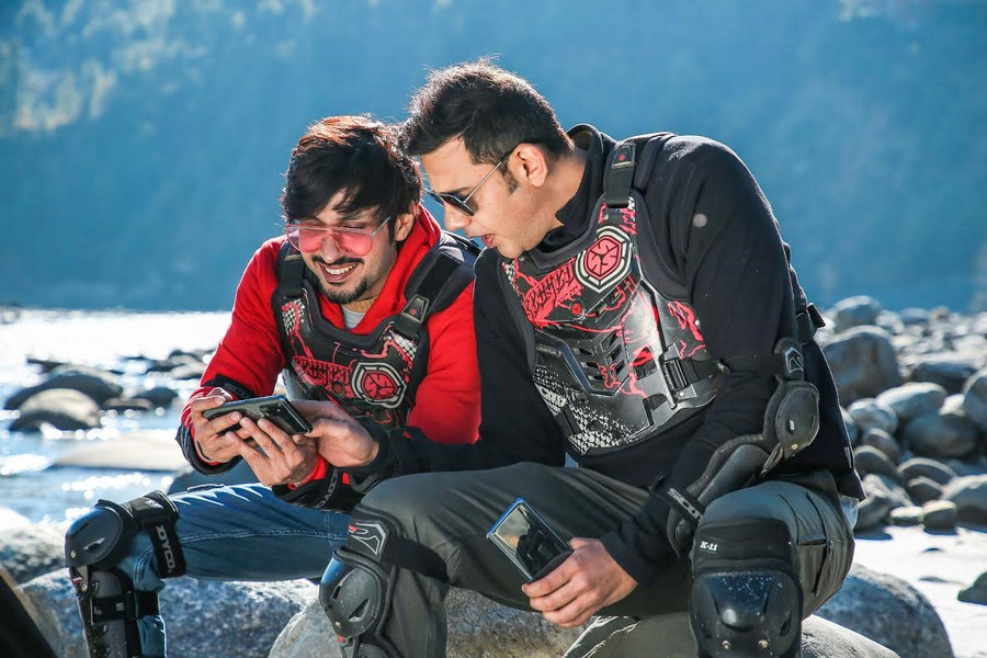 DISCOVERY CHANNEL IS BACK WITH SEASON 2 OF 'FEELIN ALIVE', FEATURING AMOL PARASHAR AND CYRUS SAHUKAR