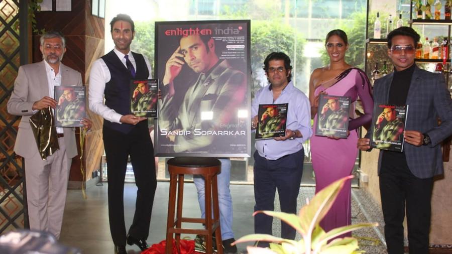 CHOREOGRAPHER SANDIP SOPARRKAR ON THE COVER OF ENLIGHTEN INDIA MAGAZINE