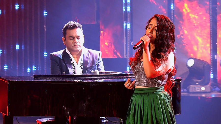 EXPERIENCE THE GRANDEUR OF BOLLYWOOD AND MUSIC AT THE 12TH MIRCHI MUSIC AWARDS