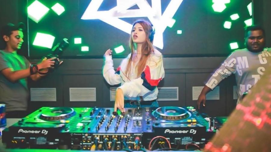 DJ MARIYA - THE HOTTEST CRAZE AMONGST THE PARTY CIRCLES