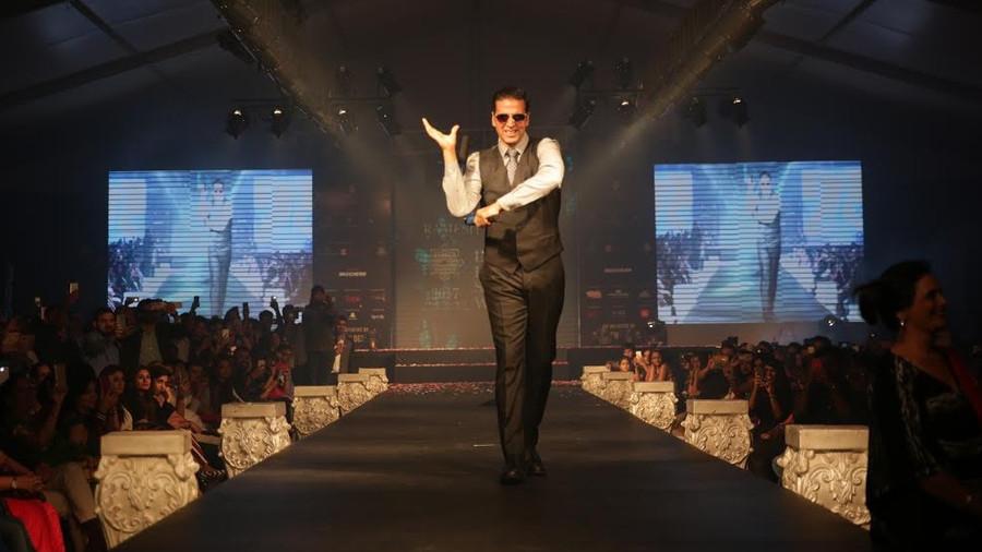 "Akshay Kumar walked the ramp for Leading Fashion Designer Ramesh Dembla at the ""INDIA LUXURY STYLE W"
