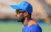 DON'T THINK HARDIK PANDYA IS GOING TO BOWL IN FIRST FEW GAMES, SAYS PARTHIV PATEL