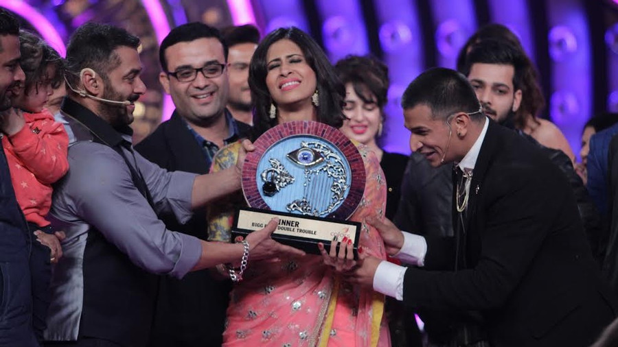 Prince Narula's conviction bears fruit ; walks away with the Bigg Boss Double Trouble trophy