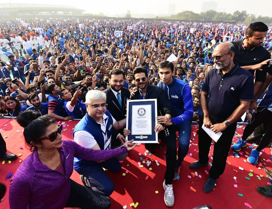 INDIA CREATES NEW GUINNESS WORLD RECORD SET ON 71ST REPUBLIC DAY - ANIL KAPOOR & BAJAJ ALLIANZ L