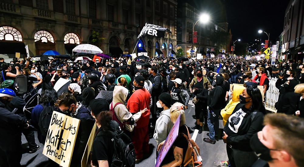 PORTLAND PROTESTS REACH 100 CONSECUTIVE DAYS