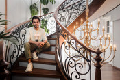 RAJKUMAR RAO'S VERSATILITY AS AN ACTOR IS REFLECTED IN HIS HOME IN 'ASIAN PAINTS WHERE THE HEART IS'
