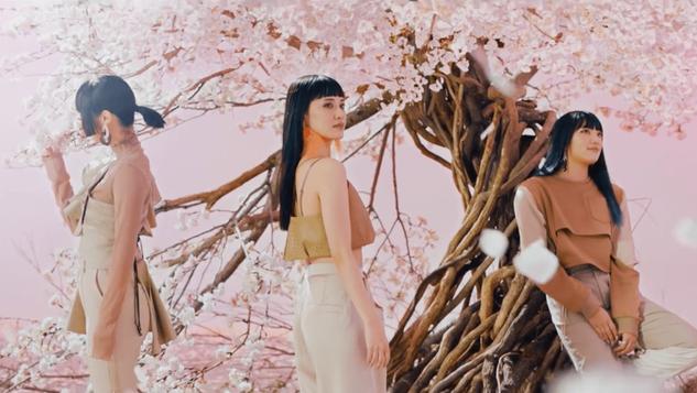 E-girls【別世界】MV