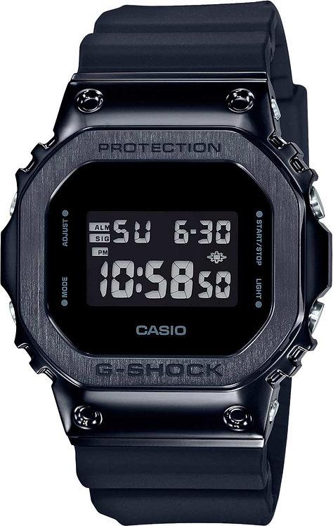 Часы Наручные CASIO GM-5600B-1E