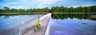 fiets-door-het-water.jpg